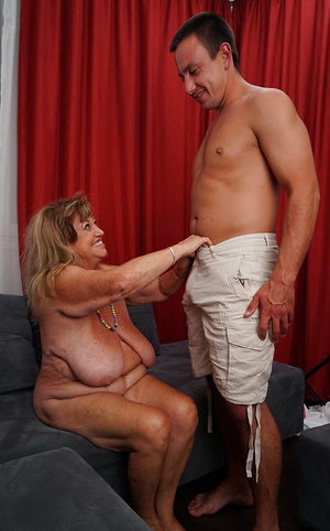 Fat old lady fucked by a young guy that loves aged pussy
